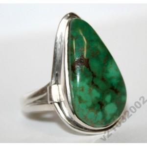 Нежная зелёная БИРЮЗА в серебре 925 КОЛЬЦО