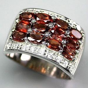 Кольцо : ГРАНАТ природный Мозамбийский, золото, серебро, сапфир, 19