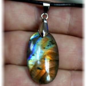 Подвеска из камня Лабрадор - Спектролит 22 карата