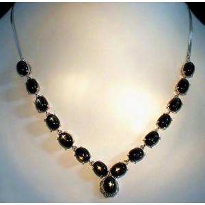 Звездчатый ДИОПСИД - ЗВЕЗДА, золото, серебро. Колье, ожерелье