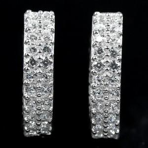 Сверкающие СЕРЬГИ с фианитами в бриллиантовой огранке в серебре, родирование