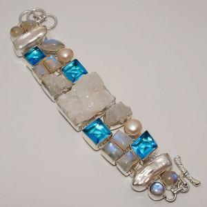 Друза кристаллы кварца, Лунный камень, Жемчуг Бива, голубой кварц. Серебро 925. Шикарный БРАСЛЕТ !