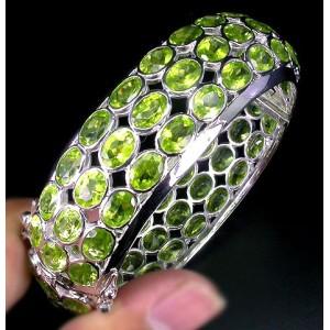 Редкий браслет с природным натуральным ХРИЗОЛИТОМ - ПЕРИДОТ в золоте и серебре