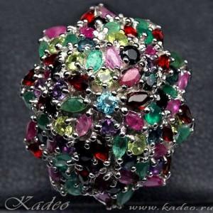 Кольцо с рубином, сапфиром, изумрудом, топазом, аметистом, гранатом, цитрином, авантюрином