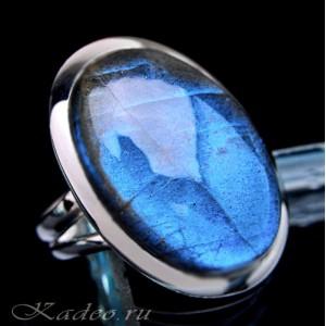 Кольцо с гиперборейским ЛАБРАДОРОМ / лабрадоритом в серебре