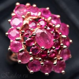 Кольцо с РУБИНАМИ - камнем любви и страсти в золоте и серебре
