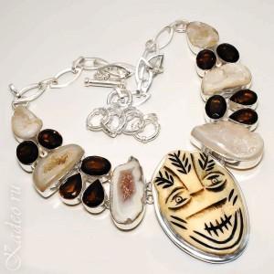 Этническое колье из серебра. Природные кристаллы - Агатовые ДРУЗЫ, жеоды, РАУХТОПАЗЫ, резьба по кости