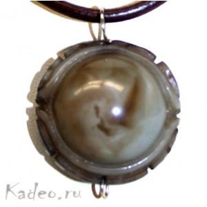 Тибетский артефакт ДЗИ: Божественный глаз, знак священной МАНТРЫ. Резьба 3D , Агат. Подвеска