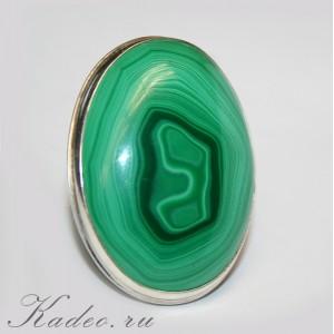 МАЛАХИТ натуральный - камень ИСПОЛНЕНИЯ ЖЕЛАНИЙ в серебряном кольце