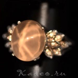 Редкий ЗВЁЗДЧАТЫЙ РОЗОВЫЙ КВАРЦ - камень взаимной любви в серебре кольцо