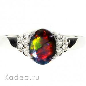 Благородный многоцветный австралийский ЧЁРНЫЙ ОПАЛ и фианиты в серебре, кольцо