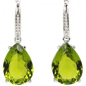 Крупные зеленые СЕРЬГИ - КАПЛИ с ХРИЗОЛИТОВЫМ кварцем. Ювелирный нейзильбер, серебрение
